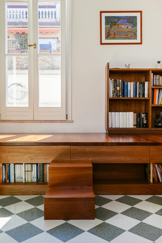 Innenarchitektur Rom Italien Holztreppe